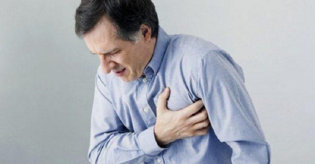 Trào ngược dạ dày thực quản có gây khó thở tức ngực không